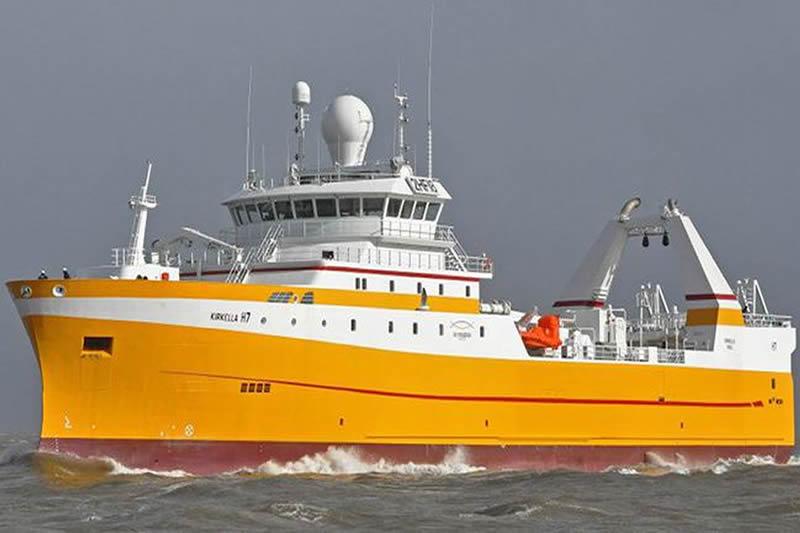 Miele Machine Servicing On A Fishing Trawler 5